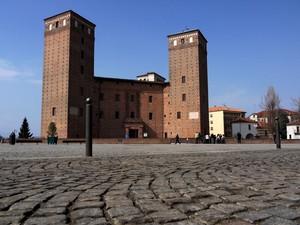 La piazza del castello….