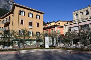 Largo Cesare Battisti