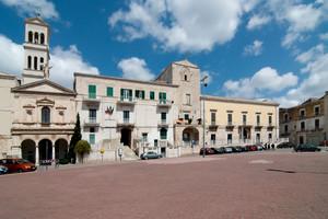 Al centro di Ruvo di Puglia