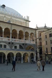 Padova: Piazza della Frutta