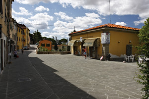 Piazza Carlo Cammeo
