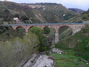 Parghelia – Ponte ferroviario della fiumara La Grazia