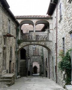 Ponte nel centro di Malgrate