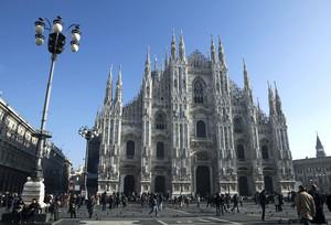 Piazza Duomo affollata