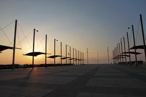 Alba su piazza Marinai d'Italia