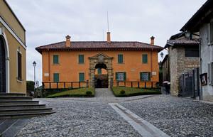 Piazza Maggi – Montevecchia -
