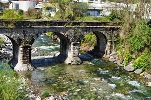 Ponte sul torrente Strona