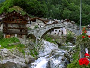 il ponte a Rassa