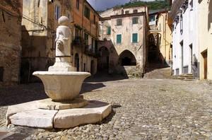 piazza S.S. Trinità…..