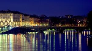 Ponte Vittorio Emanuele I sul Po ripreso dal ponte Isabella