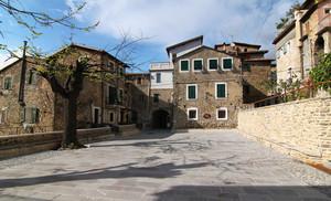 Piazza del Popolo a Vallecrosia Alta