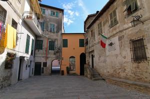 Vallecrosia Alta, piazza Giuseppe Verdi