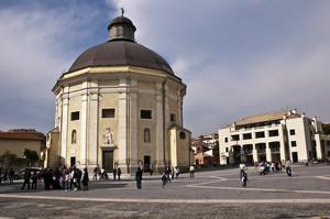 Loano – Piazza Italia