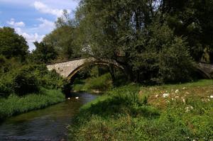 Ponte romano a Fontecchio