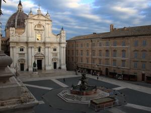 Piazza della Santa Casa rev. 2