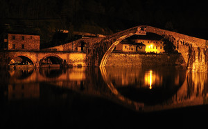 Ponte del Diavolo by Night