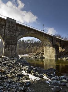 Il ponte moderno