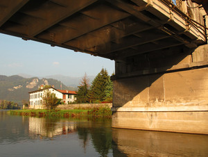 sotto il ponte di brivio
