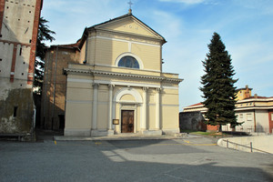 Piazza Mons.G.Oglietti