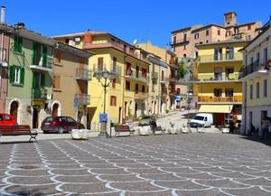 Là dove le acque del Trinum… – Piazza Umberto I – Bagnoli del Trigno