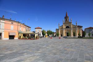 piazza Comaschi