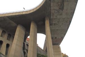 Ponte verso il porto
