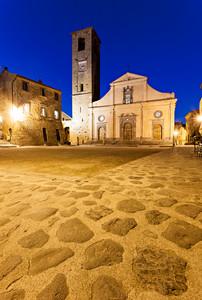 Bagnoregio – La Piazza -