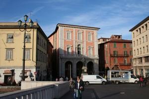 Pisa, Piazza Garibaldi