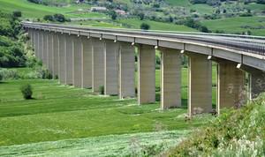 Viadotto San Felice, lungo la SS 17