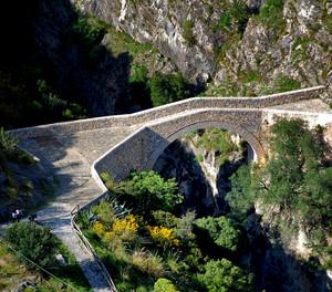 il ponte del Diavolo sulle gole del Raganello