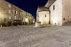 San Quirico d' Orcia – La Piazza -