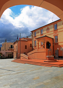Boissano, Piazza Gilberto Govi