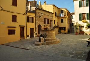 Piazza del Pozzo