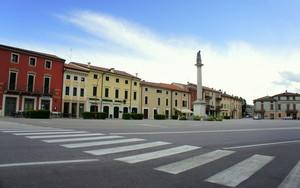 Santa Toscana
