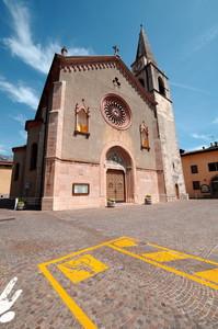 Piazza Mons. Perli