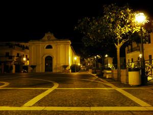 Piazza San Carlo Borromeo 2, Zambrone (VV)