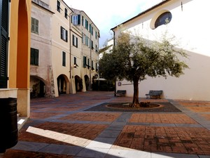 Piazza San Martino…