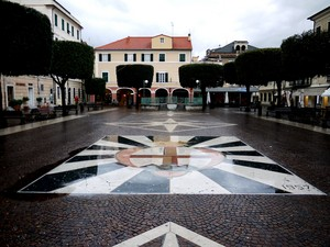 Piazza San Nicolò….