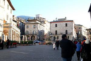 Assisi piazza del centro storico