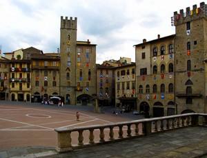 Piazza Grande …..
