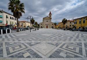 Piazza Gino Menconi