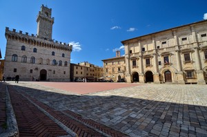 Montepulciano – Piazza Grande