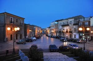 Piazza Plebiscito sul far della sera