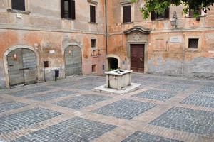 Piazza Bonifacio VIII