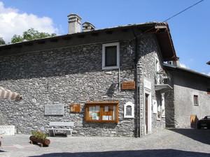 Moncenisio (un tempo Ferrera Cenisio): piazza Lorenzo Chiavanna