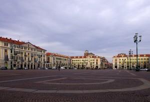 Piazza Galimberti..