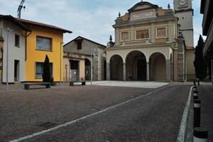 Una piazza di Galbiate
