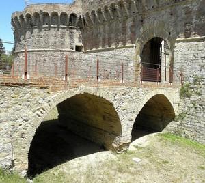 Sul fossato del castello