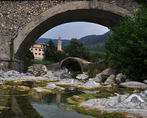 Due ponti e riflessi