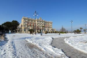 """Piazza A. Costa ,Vestita """"d'inverno"""""""